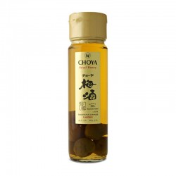 Bottle of japanese plum and honney liqueur Choya Royal Honey format 70cl