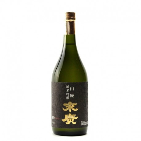 Bottle of japanese sake Suehiro Yamahaï Junmaï Ginjo 72cl