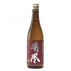 Bottle of Japanese sake Myojin 50 format 72cl