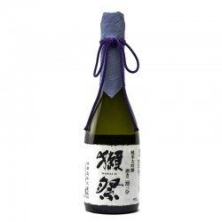 Bottle of Japanese sake Dassai 23 format 72cl