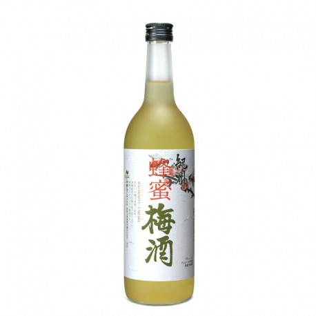 Bottle of japanese plum and honey liqueur, Hachimitsu Umeshu format 70cl