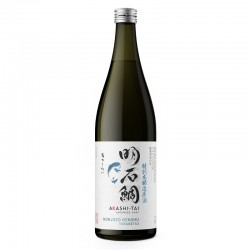 Bottle of japanese sake Akashi Taï Honjozo Genshu format 72cl