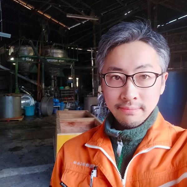 M Motohide, propriétaire de la brasseire de saké japonais de Yano Shuzo