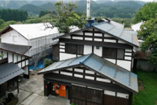 View over the roofs of the sake brewery Akita Seishu, Kariho kura