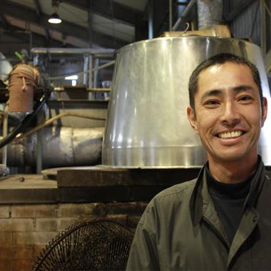 Distillery d'awamori de Sakimoto Shuzo, Préfecture d'Okinawa, Japon
