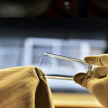 fabrication des verres à saké Shotoku Glass, Préfecture de Tokyo